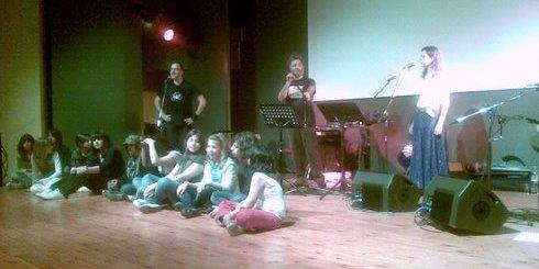 οι Encardia με μαθητές των σχολείων της Ιεράπετρας