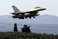 F-16 στο Καστέλι