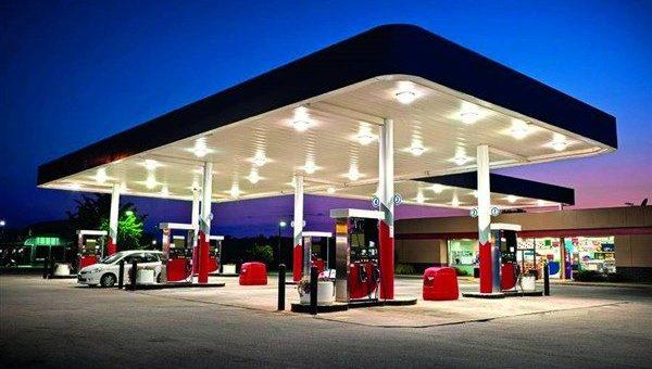 ο ειδικός φόρος κατανάλωσης τροχοπέδη στις τιμές των καυσίμων