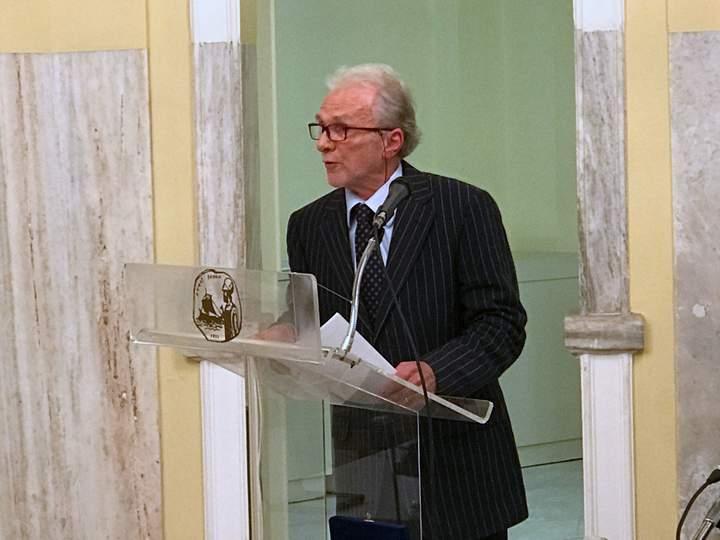 Ζουλιέν Γκριβέλ Σεβαστή, παρουσίαση