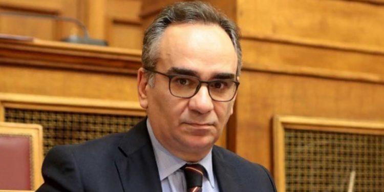 ο αναπληρωτής υπουργός Υγείας Βασίλης Κοντοζαμάνης στη Κρήτη