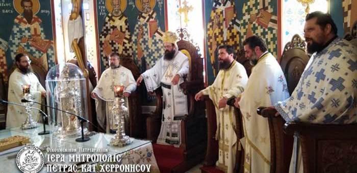 Την Τρίτη 1 Σεπτεμβρίου, επί τη Εορτή της Ινδίκτου, ήτοι του νέου εκκλησιαστικού έτους, ο Σεβασμ. Μητροπολίτης κ. Γεράσιμος ιερούργησε στον Ιερό Μητροπολιτικό Ναό Μεγάλης Παναγίας Νεαπόλεως. Η ημέρα αυτή έχει θεσπισθεί από το Οικουμενικό Πατριαρχείο ως ήμερα προσευχής για την προστασία του φυσικού περιβάλλοντος. Κατά την Θεία Λειτουργία ανεγνώσθη το μήνυμα της Α.Θ.Π., του Οικουμενικού Πατριάρχου κ.κ. Βαρθολομαίου και εψάλη το Πολυχρόνιον αυτού. Το μήνυμα της Α.Θ.Π. μπορείτε να το διαβάσετε, πατώντας εδώ. Προ της απολύσεως, ο Σεβασμιώτατος τέλεσε τον Αγιασμό επί τη ενάρξει του μηνός Σεπτεμβρίου και ευχήθηκε στον Ιερό Κλήρο και τον ευσεβή λαό της Ιεράς Μητροπόλεως καλό κι ευλογημένο εκκλησιαστικό έτος, πλούσιο από τα χαρίσματα του Αγίου Πνεύματος. Μετά το πέρας της Θείας Λειτουργίας ακολούθησε δεξίωση προς τιμήν της Α.Θ.Π., του Οικουμενικού Πατριάρχου κ.κ. Βαρθολομαίου.