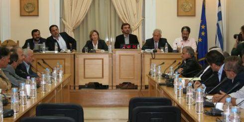 Η νομάρχης Ηρακλείου προήδρευσε της σύσκεψης, παρόντων βουλευτών και δημάρχων