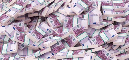 Κοινωνική Οικονομία, Χορός Εκατομμυρίων σε αναθέσεις