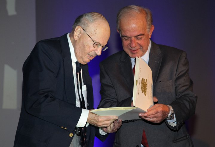 """Στον Peter Bien το βραβείο """"Νίκος Καζαντζάκης"""""""