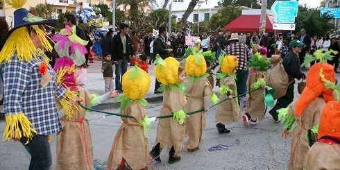 από το καρναβάλι της Σητείας, παρέλαση
