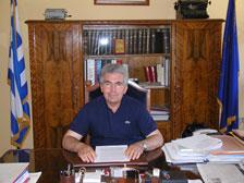 Αντώνης Στρατάκης
