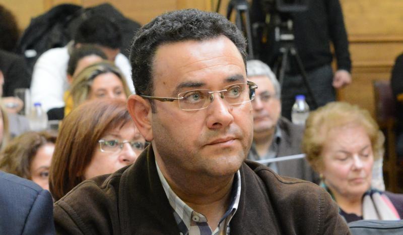 ο βουλευτής Ηρακλείου Μανώλης Συντυχάκης