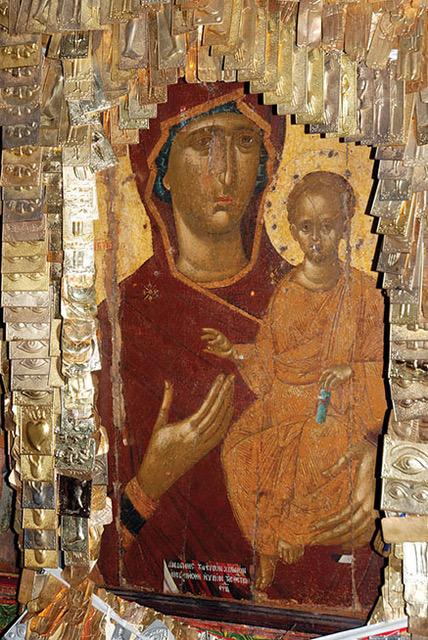 Ιερά πανήγυρη του ιστορικού Ναού της Παναγίας των Λιθινών