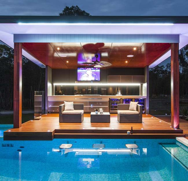 Bar στον κήπο. Ιδέες για διασκέδαση στο σπίτι