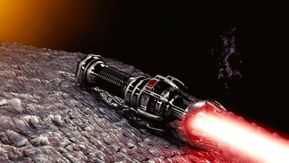kırmızı ışın kılıcı
