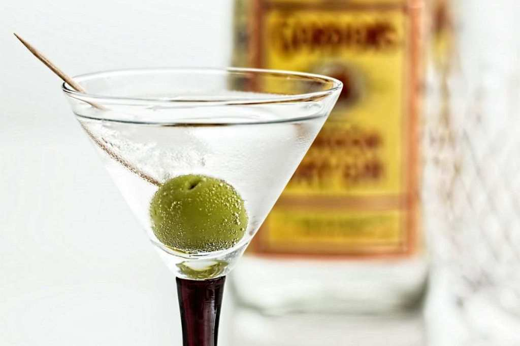vermut kokteyli martini