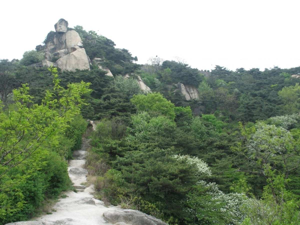Inwangsan-mountain-seoul