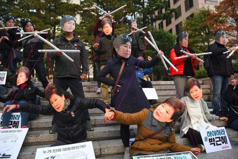park geun-hye choi soon-sil puppet protests