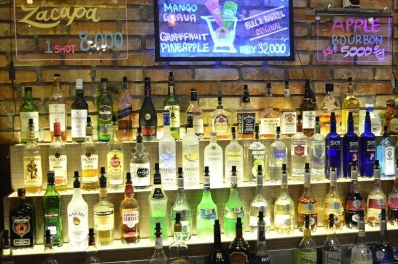 bull and barrel itaewon bar