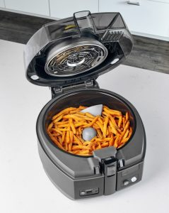 Healthy fries in deep fryer without oil