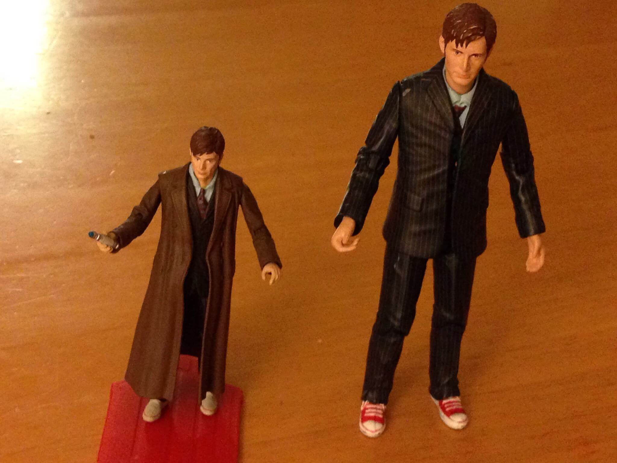 Comparison shot of 3 3/4 Doctor Who David Tennant figure and 5 inch Doctor Who David Tennant Figure