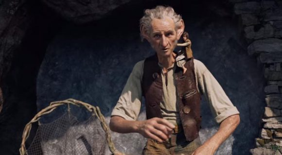 The BFG - Movie Trailer Review - Visit MovieholicHub.com