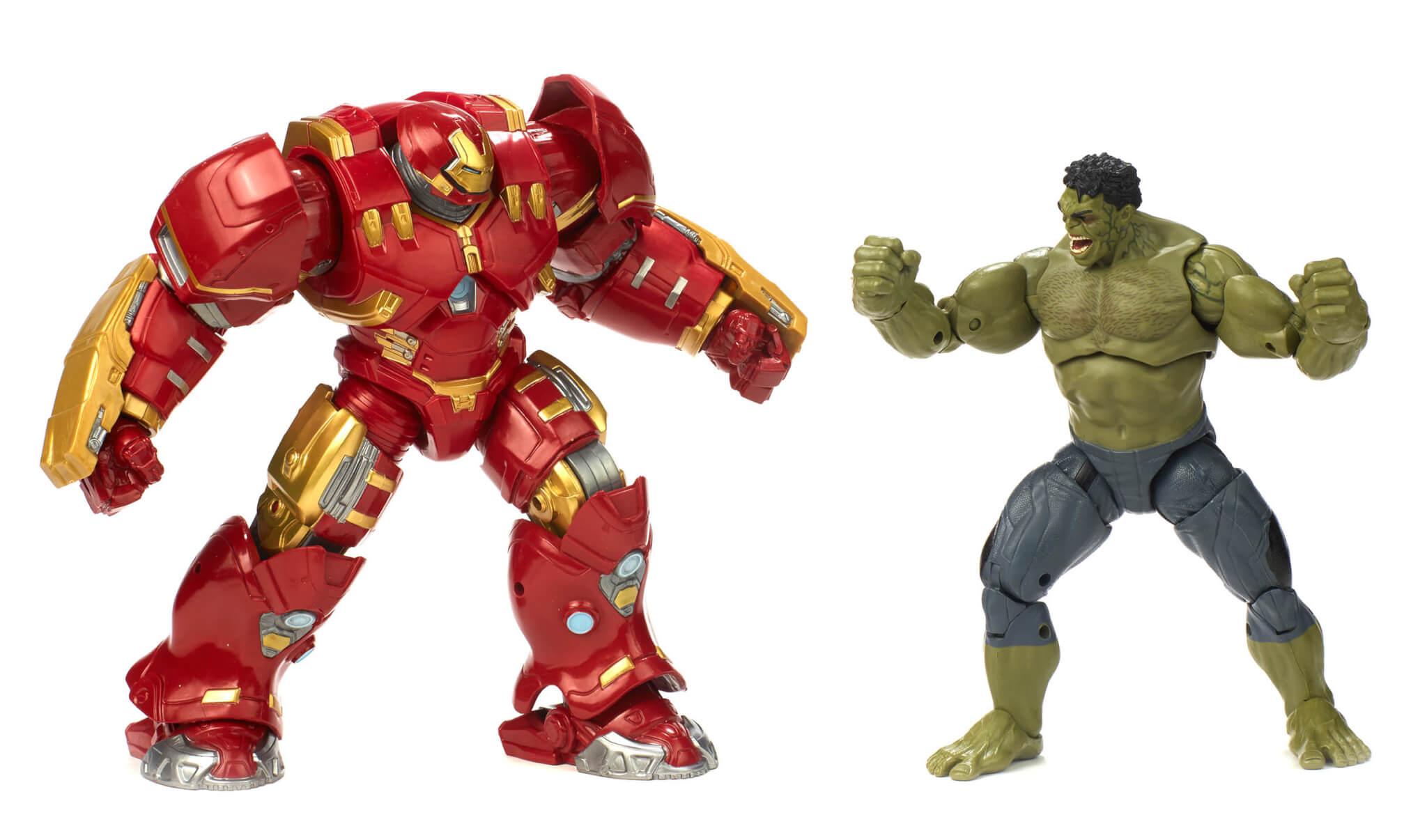 Hasbro 2018 MCU Hulkbuster and Hulk 2 pack