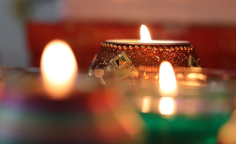 5 Best Diwali Gifts Ideas That Will Strengthen Your Friendship Bond !!