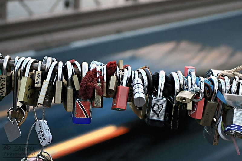 Awesome Love Locks Locations: Brooklyn Bridge, NYC, New York