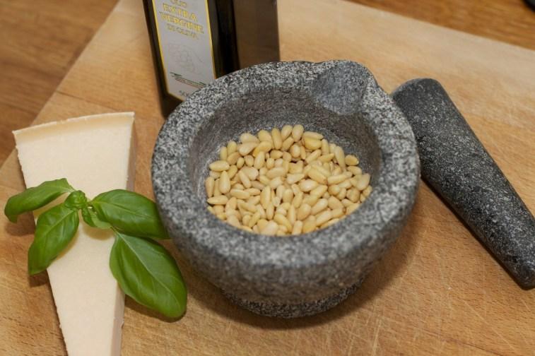 Tagliatelle Peperoncino met spruitjes, witte asperges en biefstuk 1
