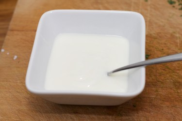 Yoghurt dressing 3
