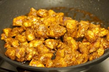 Stokbrood met kip en gele curry 31