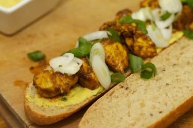 Stokbrood met kip en gele curry 36
