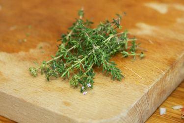 Snijbieten-stamppot met groente-jus en worstje 15