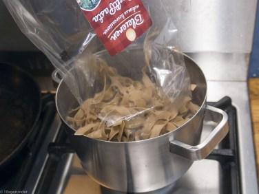 Romige pasta met prei, champignons en spekjes (29 van 40)