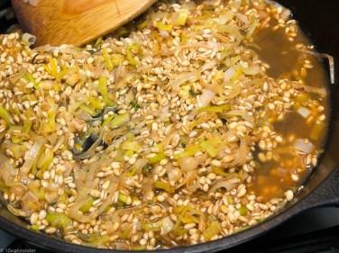 Pompoen gevuld met paddenstoelen risotto-32