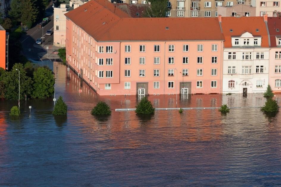 水災補償は必須!洪水/高潮/土砂崩れ/都市型水害全てに対応