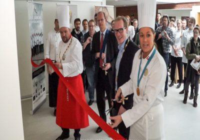 Mette Blomsterberg deltog i indvielsen af nyt konditori hos ZBC