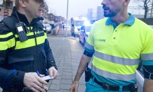politieagent en ambulancebroeder