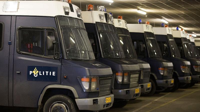 Zwaargewonde na ongeval met ME-bus in Den Haag.