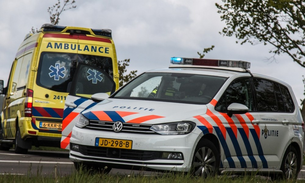 Motorrijder ernstig gewond na ongeval.
