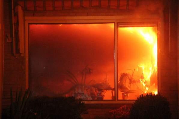 De felle brand in de woonkamer