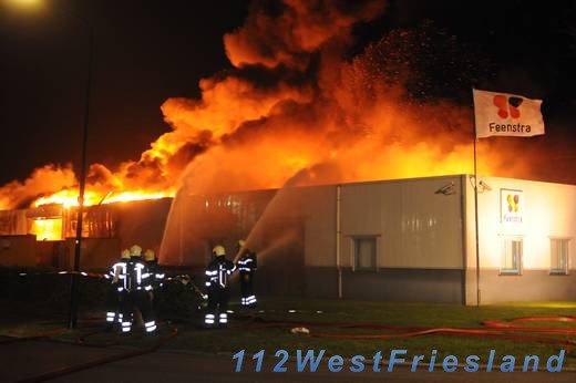 Enorme brand in bedrijven Heerhugowaard