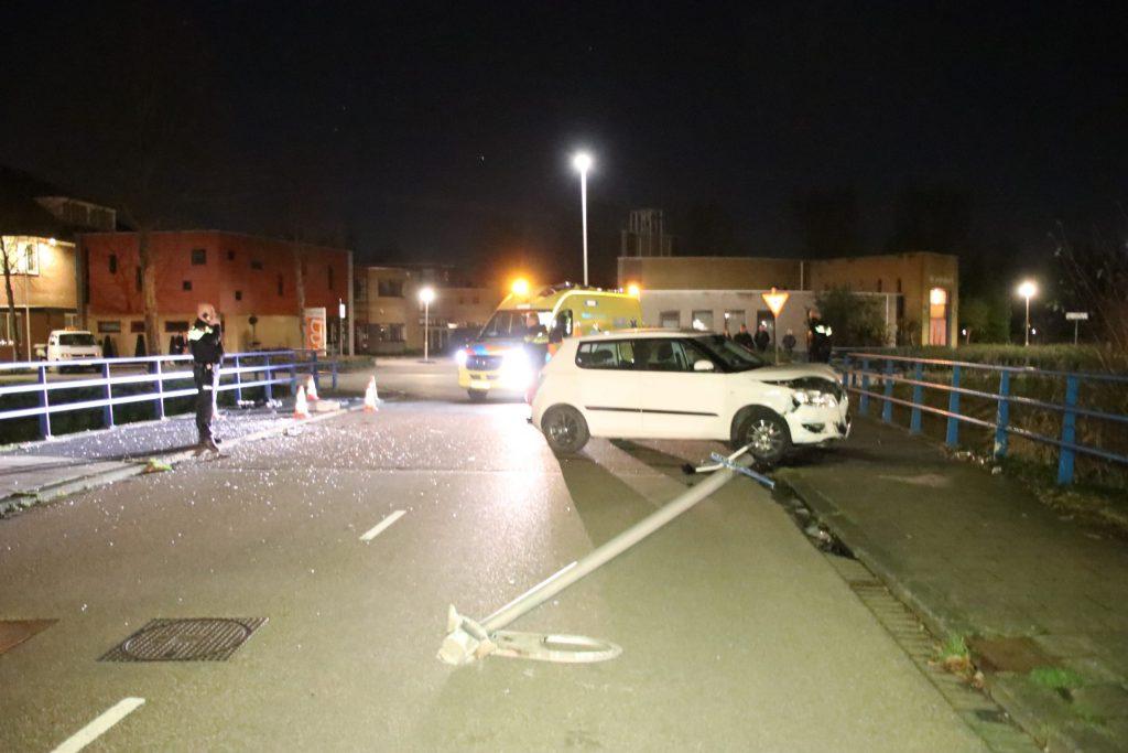 Flinke schade na eenzijdig ongeval Juweellaan Zoetermeer