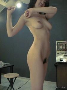 全裸でラジオ体操