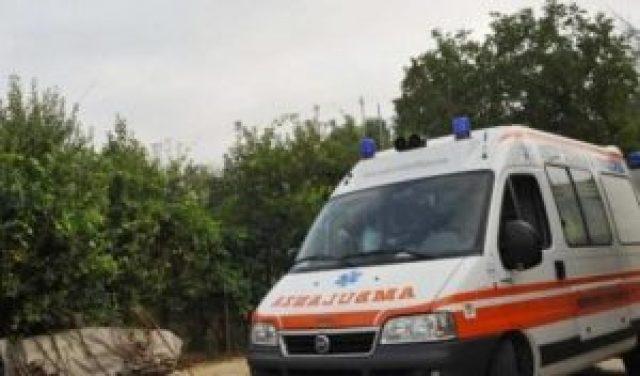 03230A-ambulanza-foto-d-archivio