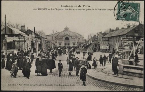 Carte postale, CPLOCAL03300, Médiathèque du Grand Troyes, photo P. Jacquinot, X. Sabot