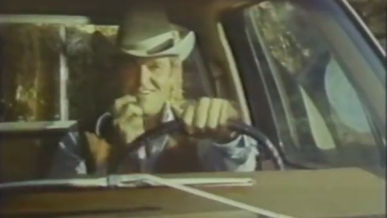 Charles Napier i reklame for Realistic CB Radio (1977)