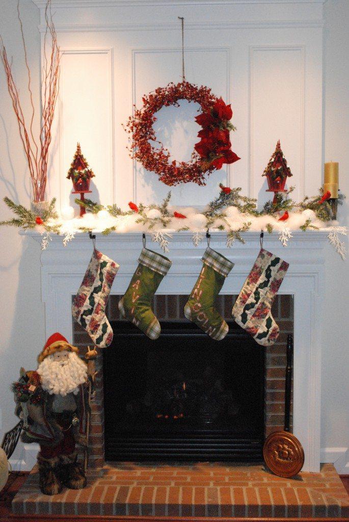 holiday Christmas mantel decor