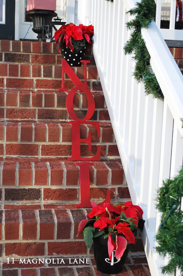 Christmas porch steps decor