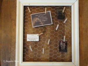 Chicken Wire Display Frames--Farm Chic Decor!