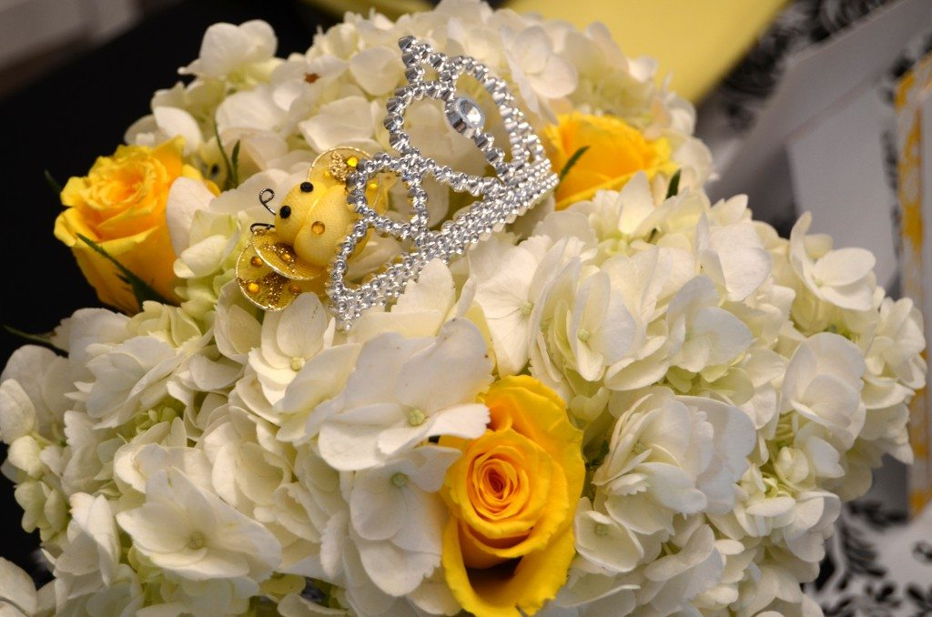black yellow queen bee baby shower