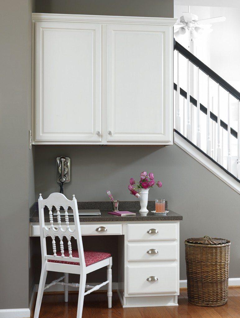 Desk area in Christy's kitchen--BH&G photo