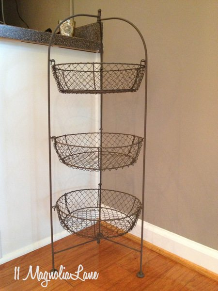 Chicken wire tiered basket